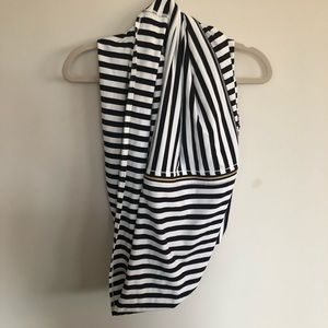 Lululemon vinyasa striped scarf, never worn